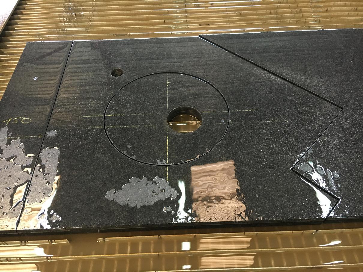 MARBRE NOIR (4) - decoupe jet eau marbre cluses